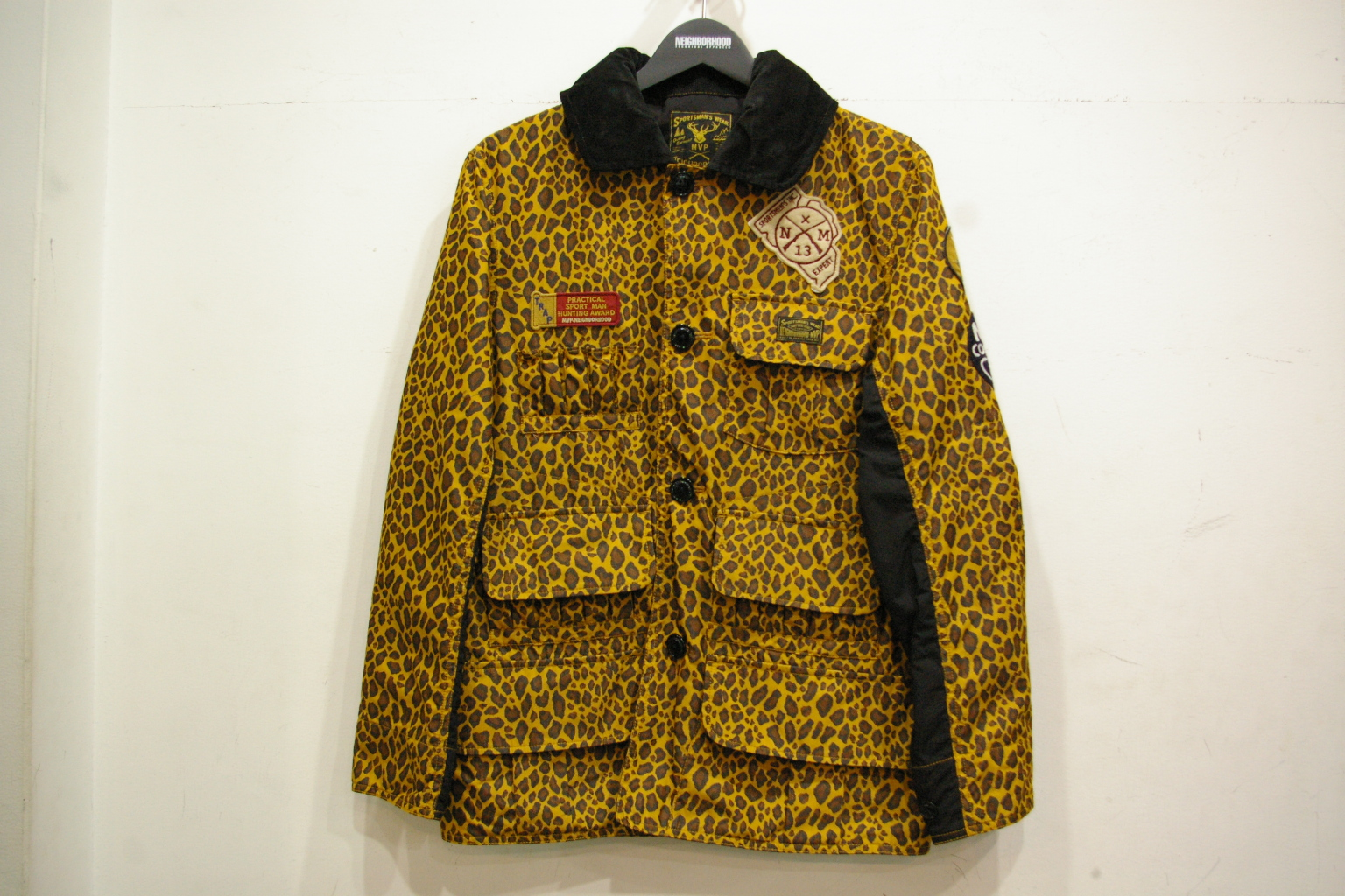 M.V.P. × NEIGHBORHOOD NHMV.HUNTING/CN-JKT