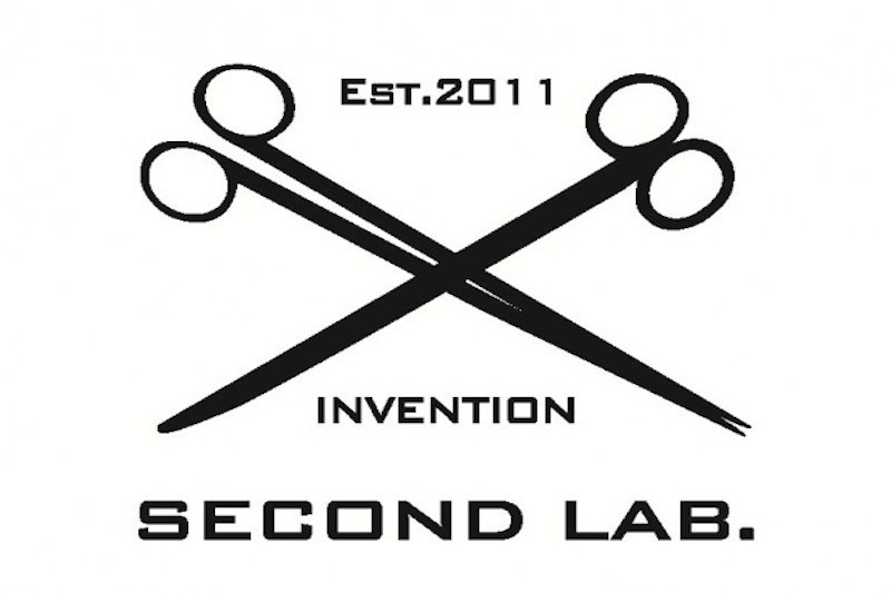 second-labe383ade382b421-600x454