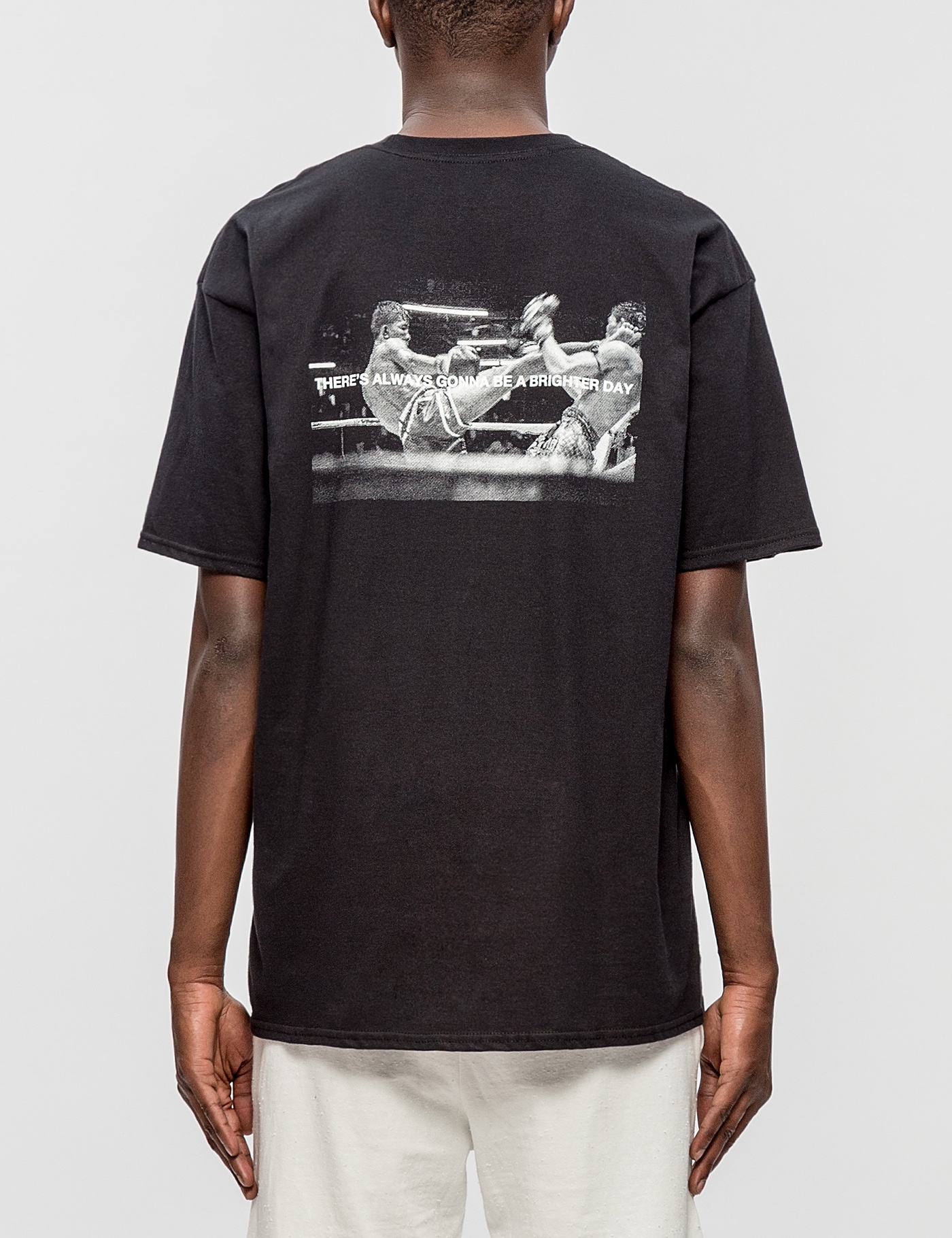 http---s3.store.hypebeast.com-media-image-25-40-Tee_4_3H-1f5eaaafb14d808d73cde8659653
