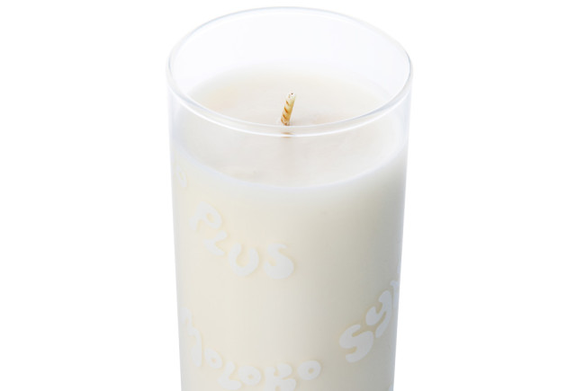 MILK-GLASS-CANDLE-made-by-APOTHEKE-FRAGRANCE_04